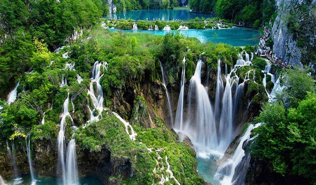 Plitvice Lakes post 1 all time of the year ljeto