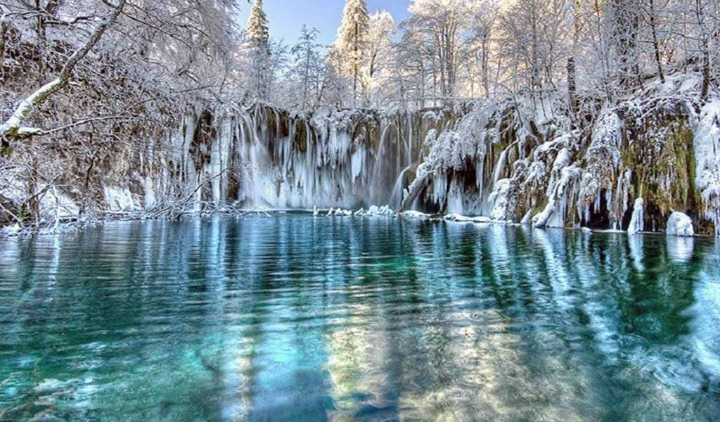 Plitvice Lakes post 1 all time of the year zima
