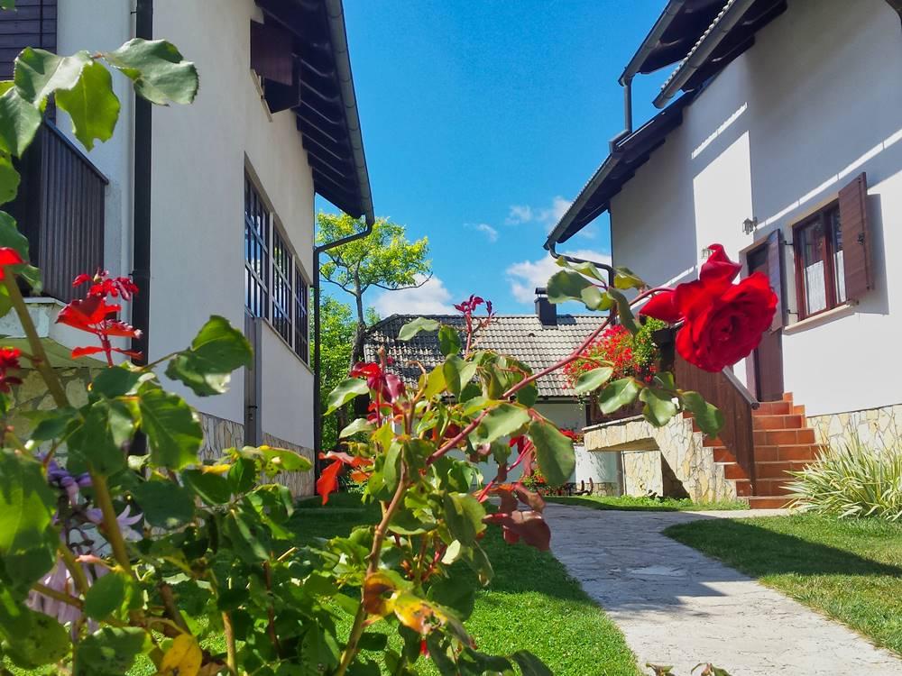 Plitvice Lakes Accomodation Etno Garden Plitvice Lakes Croatia 2020 03