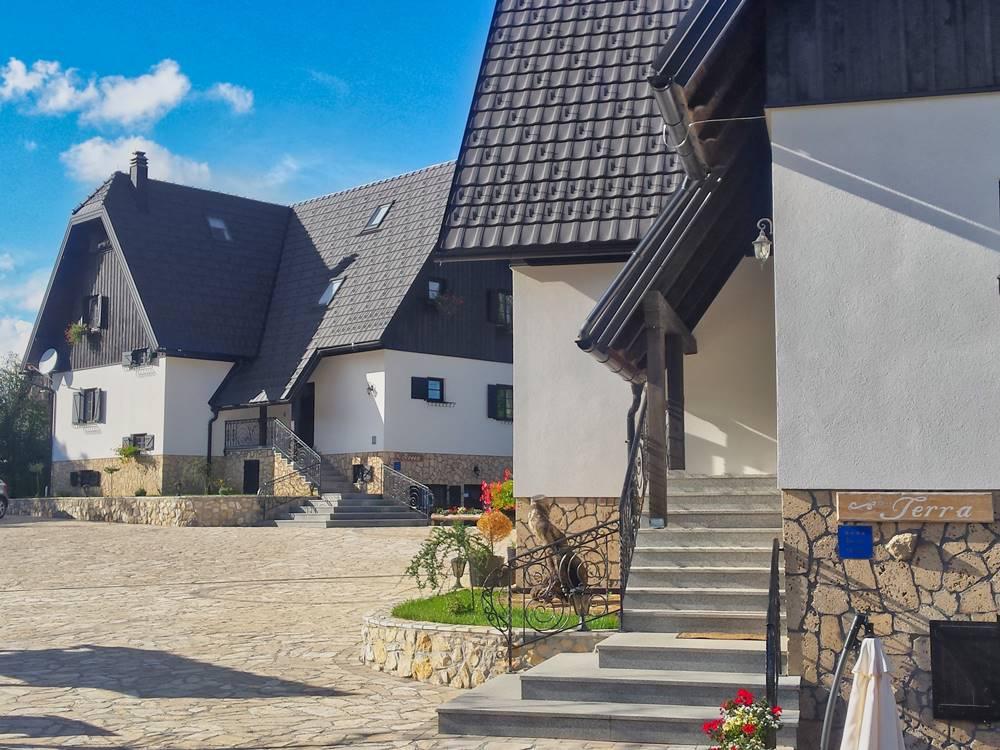 Plitvice Lakes Accomodation Etno Garden Plitvice Lakes Croatia 2020 04