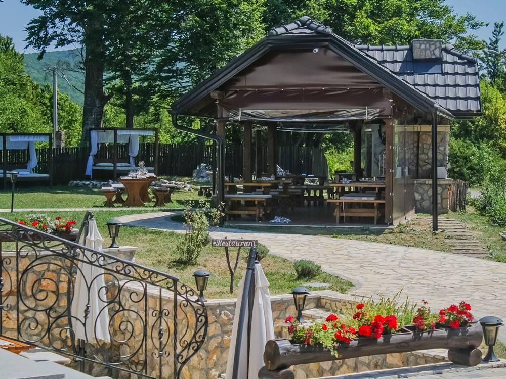 Plitvice Lakes Restaurant Gourmet Etno Garden Plitvice Lakes Croatia 2020 001