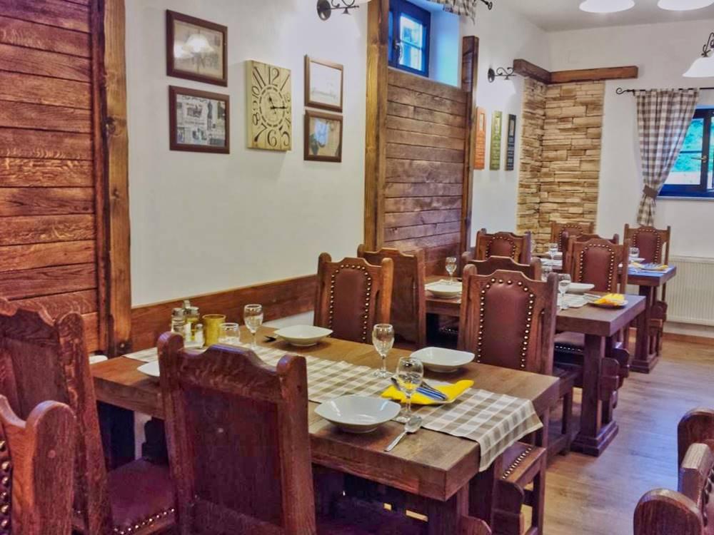 Plitvice Lakes Restaurant Gourmet Etno Garden Plitvice Lakes Croatia 2020 006