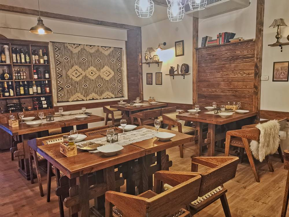 Plitvice Lakes Restaurant Gourmet Etno Garden Plitvice Lakes Croatia 2020 008
