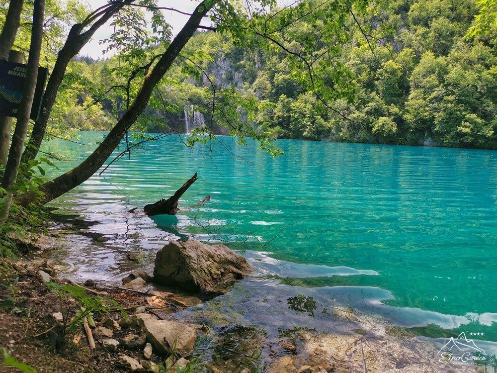 Plitvice lakes Nature 002